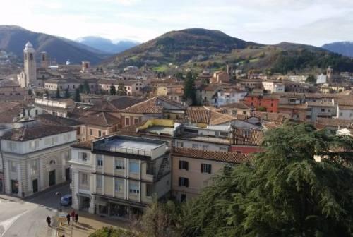 Un nuovo caso di Covid-19 a Fabriano e cinque persone in quarantena