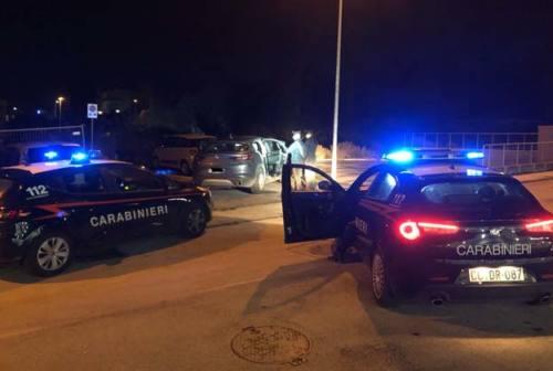 Falconara, ladri d'auto in fuga