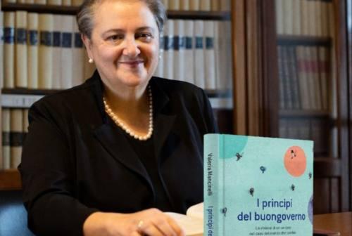"""""""I principi del buongoverno"""", il libro della sindaca Mancinelli: «Racconto cosa significa per me fare politica»"""