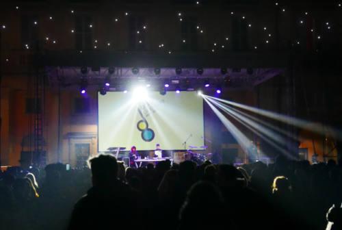 Tutta Senigallia insieme nel ricordo della Lanterna Azzurra: a vincere è l'impegno per il futuro