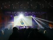 """Il concerto in piazza Garibaldi a Senigallia che ha chiuso le iniziative di """"L8 per il futuro"""" a un anno dalla tragedia alla Lanterna Azzurra di Corinaldo"""