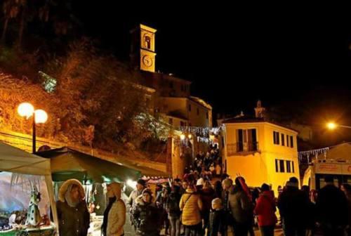 Castelbellino, il paese dell'Albero: per l'Immacolata mercatini e villaggio di Natale