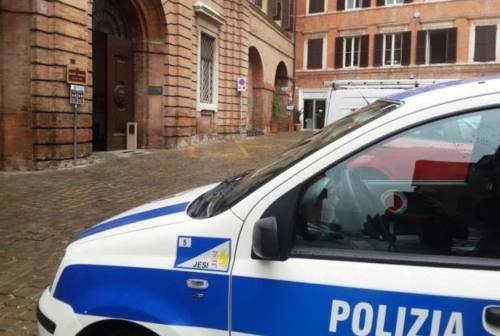Jesi, ubriaco alla guida: veicolo confiscato e denuncia