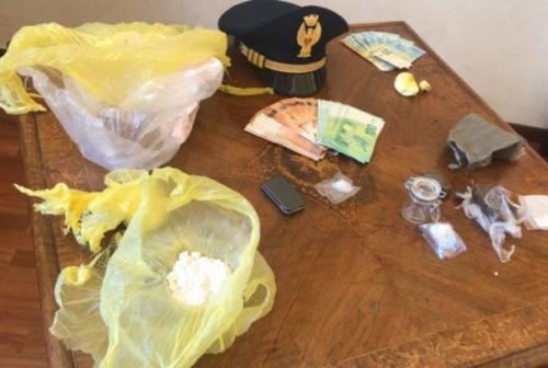 Pesaro, cocaina e hashish per la movida natalizia: tre arresti per lo spaccio sul lungomare
