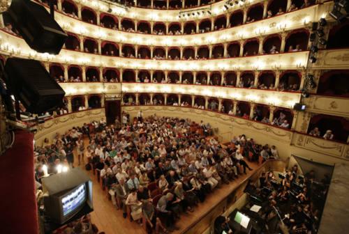 La prima del Rof, a Pesaro da tutto il mondo per l'Opera