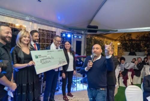 Con Paolorossi ospiti d'eccezione e 11 mila euro per Telethon e la ricerca
