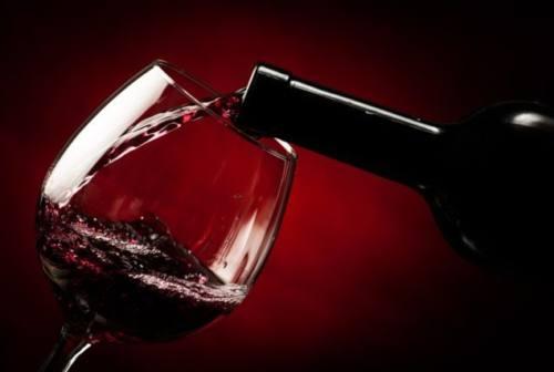 Ancora un anno d'attesa per il Vinitaly, ma gli eventi del vino non si fermano