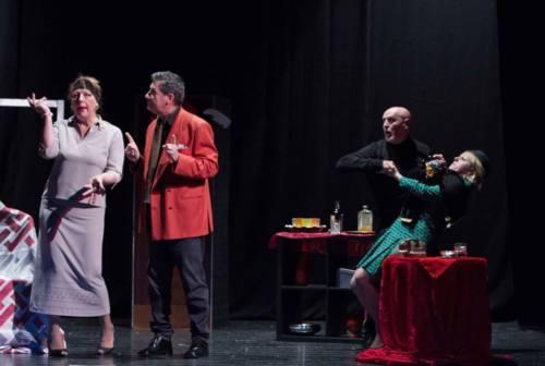 Al via la stagione teatrale a Pianello Vallesina: si comincia con un omaggio a Dario Fo e Franca Rame