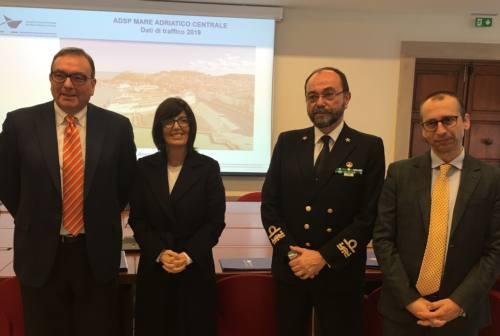 Porto di Ancona: nel 2019 aumentano passeggeri e crocieristi. Record per le merci nei container