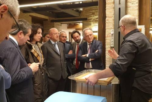 Fabriano: Vincenzo Boccia sostiene la candidatura Unesco della Carta Filigranata