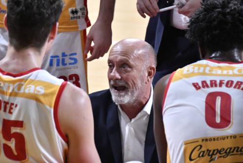 Basket, la Carpegna Prosciutto non può nulla contro Sassari