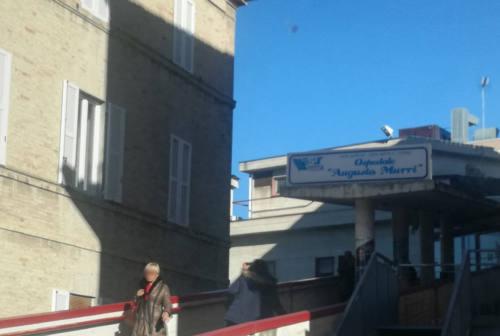 Covid-19, «Febbre assente»: il sindaco di Fermo Calcinaro parla dal letto di ospedale