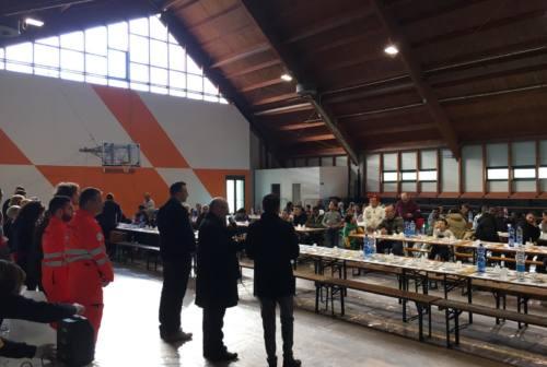 Fabriano: italiani e stranieri al pranzo organizzato dalla Caritas