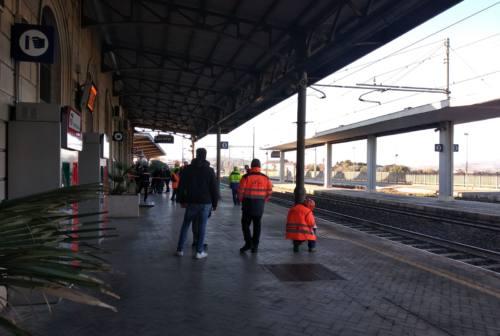 Loreto: il cordoglio della città per la morte di Mattia, investito da un treno
