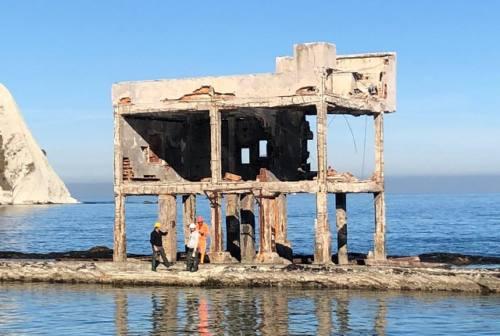 Ancona, iniziata la demolizione dell'ex Pesca Fattorini al Trave