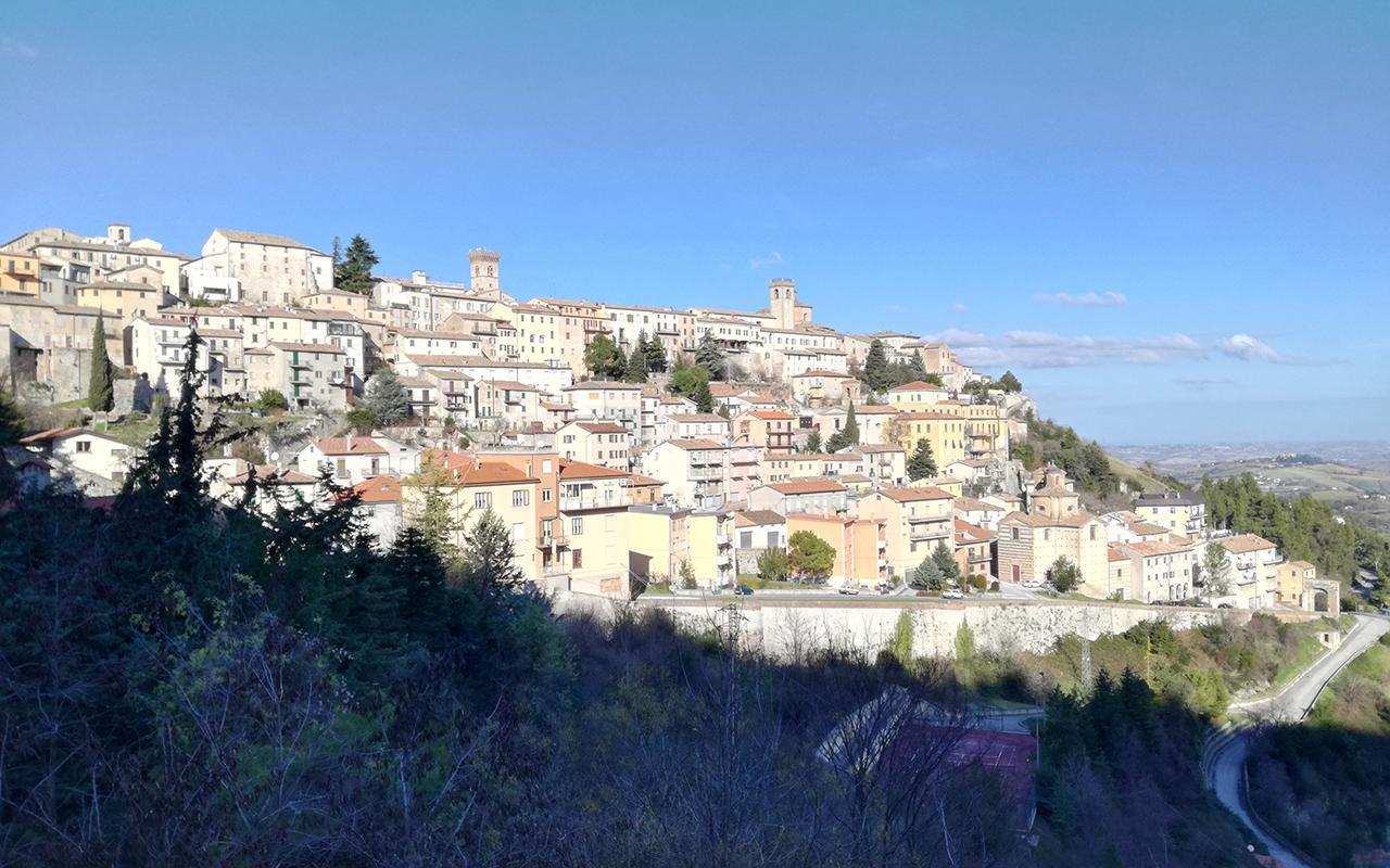 Il centro storico di Arcevia, Foto di Carlo Leone