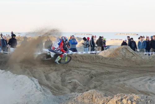 Motocross in spiaggia, non si placano le polemiche a Senigallia