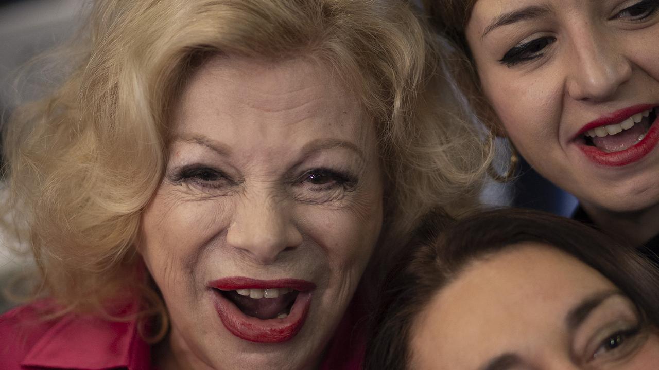 """Sanremo Zeitgeist"" di Guido Calamosca: Sandra Milo, grandi fan"