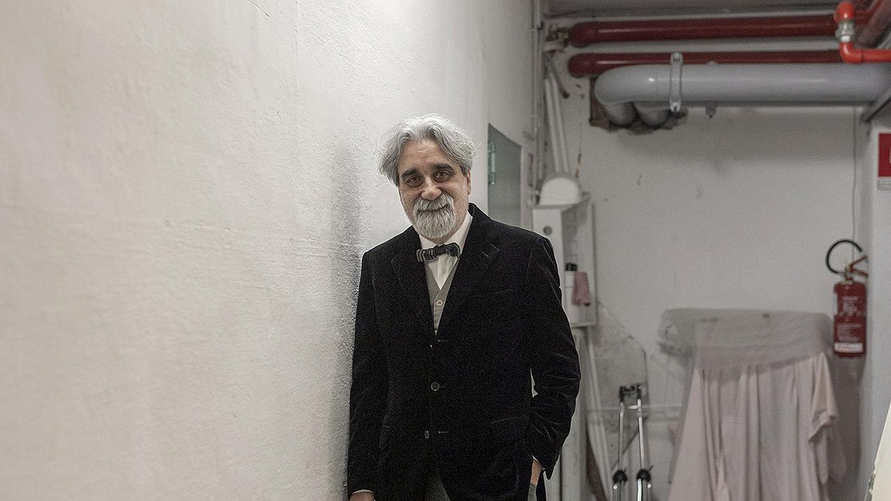 """""""Sanremo Zeitgeist"""" di Guido Calamosca: Beppe Vessicchio dietro le quinte"""