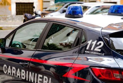 Ancona, pranza al ristorante ma non ha i soldi per pagare: arrivano i carabinieri