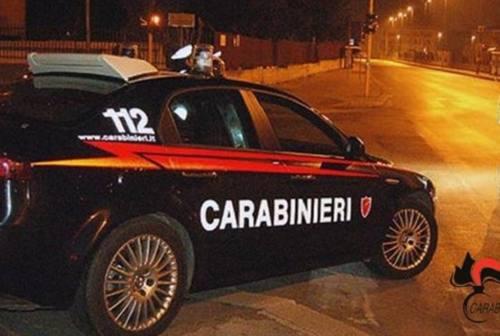 Ruba un'auto e mette a segno due colpi tra Monte San Giusto e Sant'Elpidio a Mare: caccia al malvivente