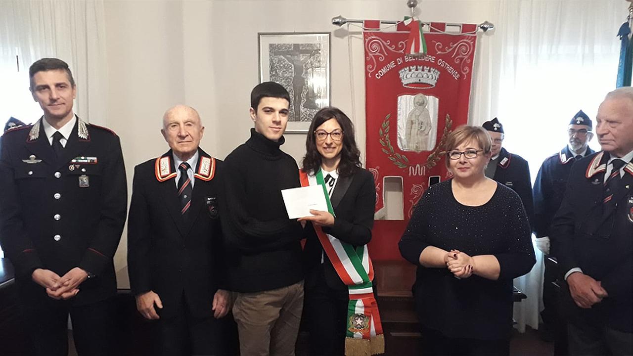 La consegna delle borse di studio intitolate al carabiniere di Belvedere Ostrense Euro Tarsilli