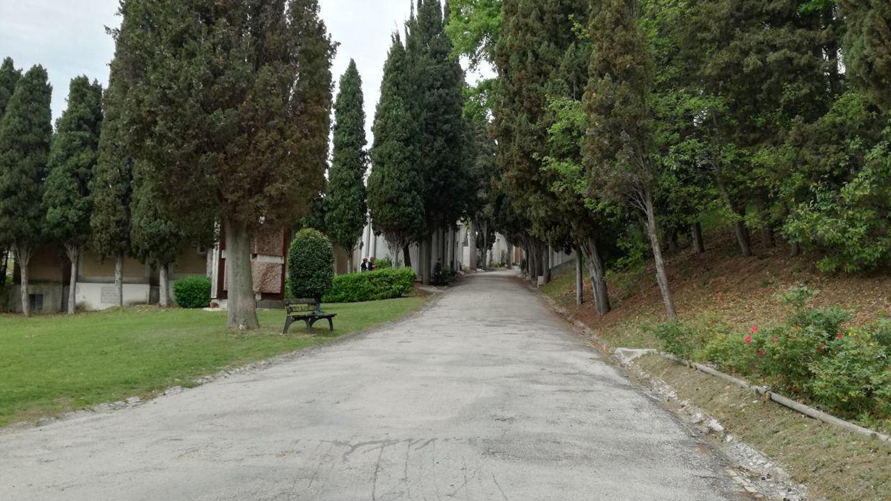 """Il cimitero maggiore """"Le Grazie"""" di Senigallia"""