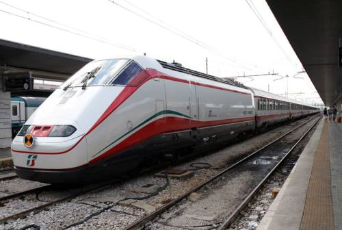 Pesaro: Frecciabianca per Roma, cambia l'orario. L'ira di imprenditori e pendolari