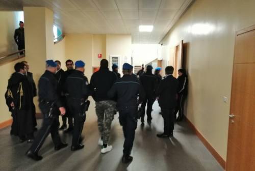Omicidio Grilli, iniziato il processo a Pesaro. Il fratello della vittima in aula