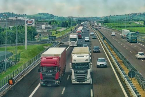 Disagi A14, Coltorti replica a Ceriscoli e Acquaroli: «Code e rallentamenti prezzo delle scelte fatte in passato»