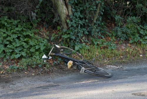 Ennesimo incidente auto-bici, la Fiab Senigallia interviene