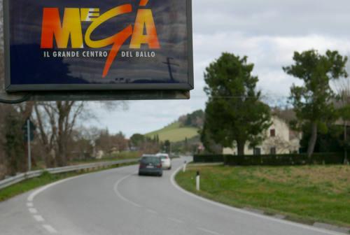 Amiche morte all'uscita del Megà di Senigallia, la perizia: «C'era visibilità e l'auto poteva evitarle»