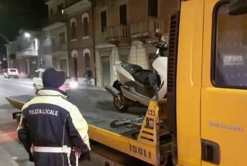 Falconara: sequestrati scooter e autocarro senza assicurazione