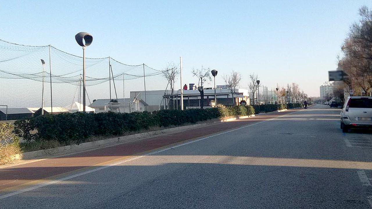 La pista ciclabile a Senigallia sul lungomare Alighieri