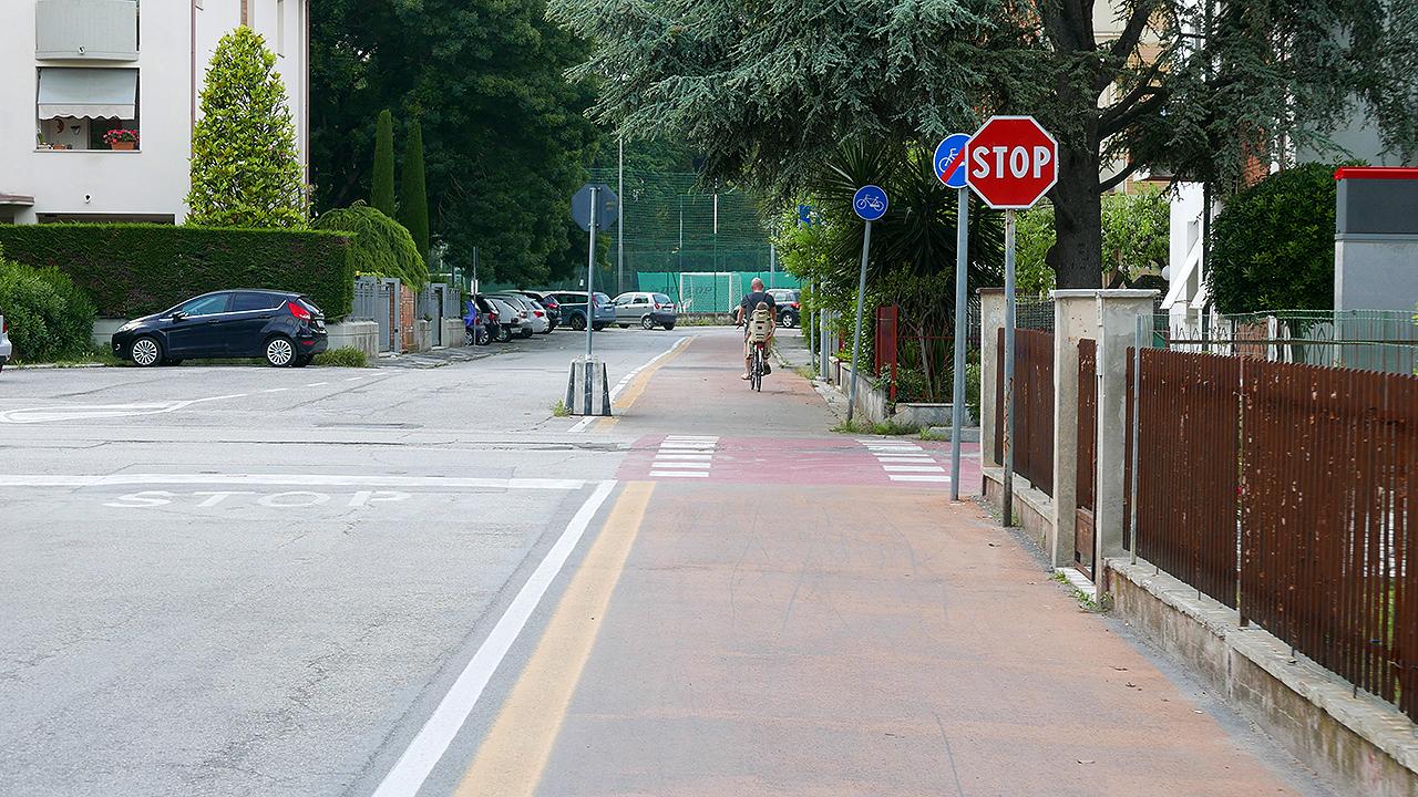 La pista ciclabile in zona Vivere Verde, a Senigallia