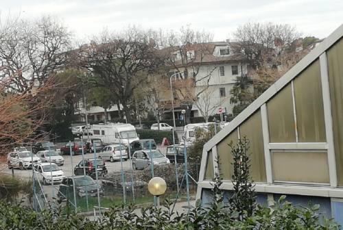 Senigallia, presto la segnaletica nel parcheggio di via Pierelli