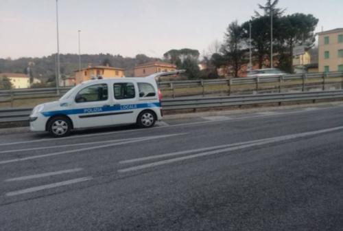 Giovane accoltellato a Villa Potenza, aggressore denunciato per lesioni aggravate