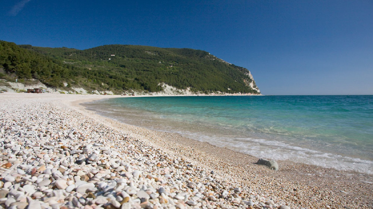 La spiaggia di San Michele a Sirolo
