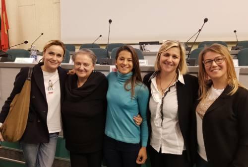 """Donne protagoniste, Mancinelli agli studenti: «Con """"tigna"""" e un passo dopo l'altro grandi risultati»"""