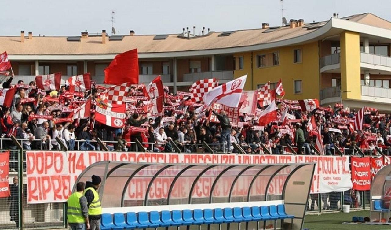 Curva Nord Ancona