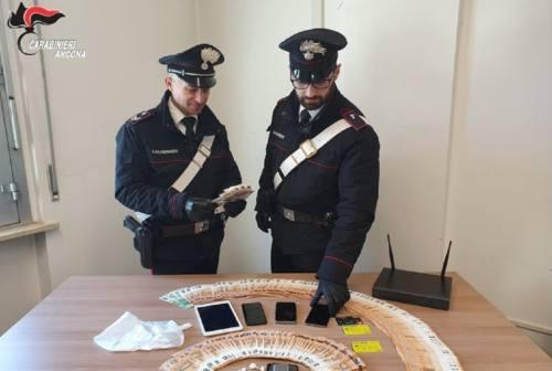 Loreto, sorpreso mentre cede la cocaina: arrestato