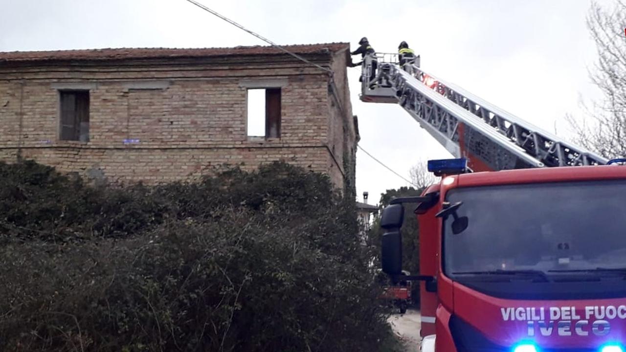 L'intervento dei Vigili del fuoco a Filottrano