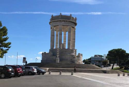 Passetto, saranno restaurati il Monumento ai Caduti e la scalinata