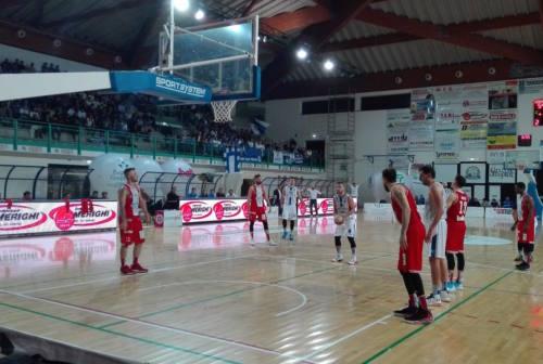 Basket, la Ristopro Fabriano sfiora il colpo grosso sul campo della Tramec Cento