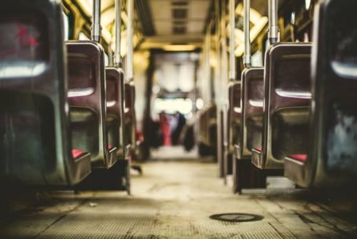 Cgil Pesaro: «I conducenti dei bus non possono essere sceriffi, il Comune di Pesaro sbaglia»