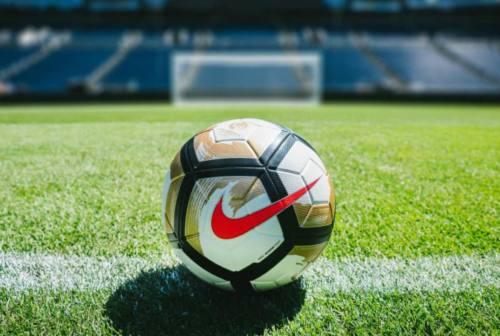 Calcio, il coronavirus ferma anche Vis Pesaro e Fano