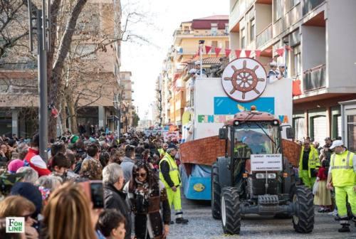 Carnevale a Falconara, aperte le iscrizioni: premi ai migliori gruppi mascherati