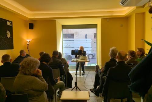 """Longhi presenta """"Le Marche ideali"""" e dice sì alle primarie: «Serve coalizione unita, ampia e aperta»"""