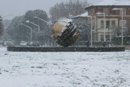 Pesaro, otto anni fa il nevone. Il confronto tra le temperature medie e minime di oggi e di allora