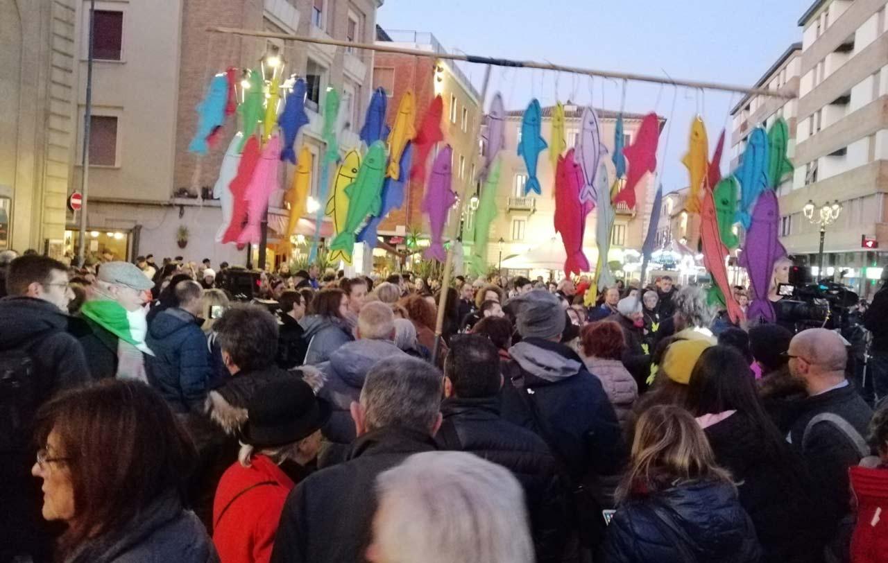 Le Sardine a Pesaro